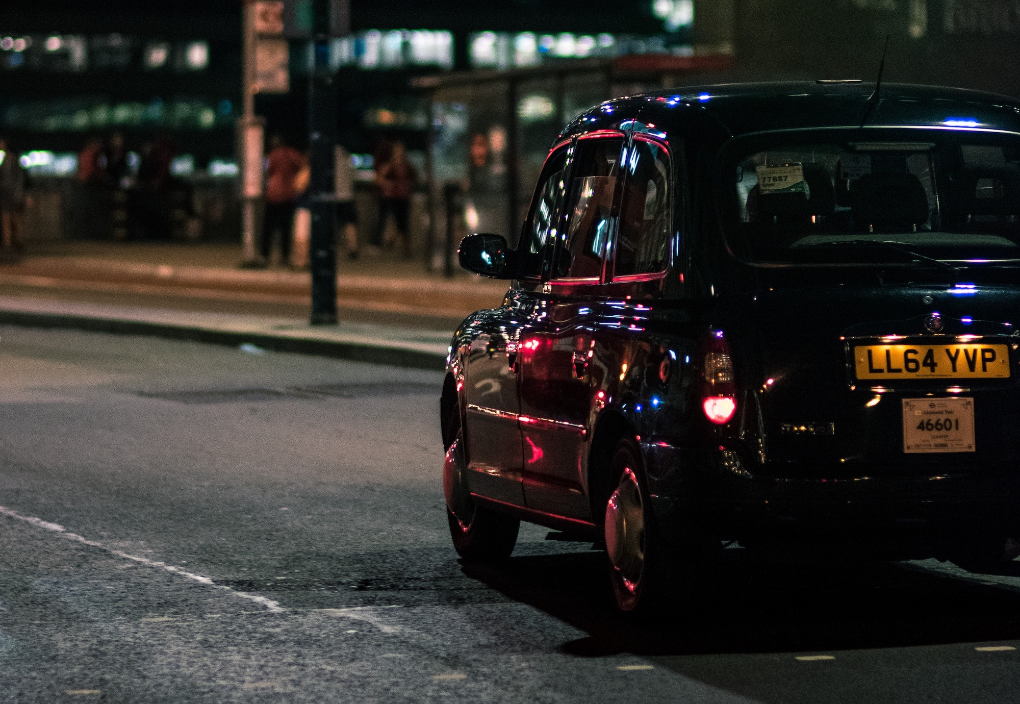 gatwick airport promotion taxi